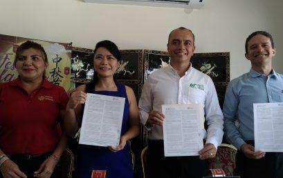 Firman Convenio de Colaboración UT Cancún y Grupo Hong Kong