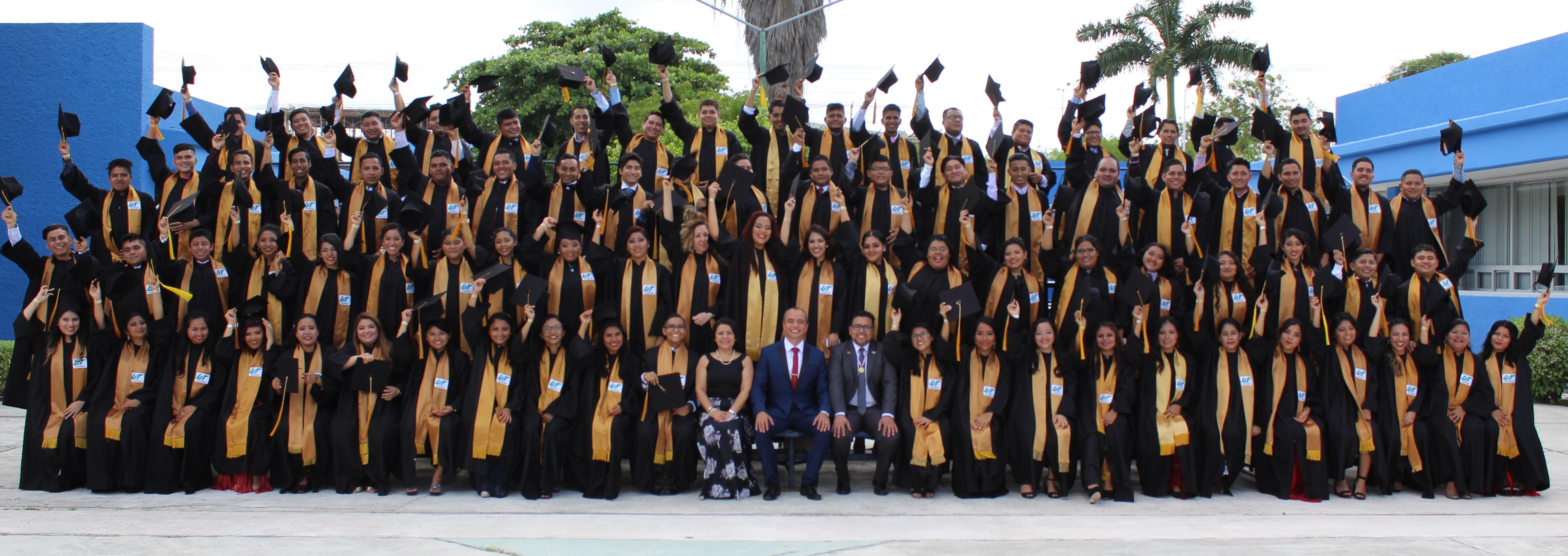 Entrega Protocolaria de Documentos para Licenciaturas e Ingenierías 2018